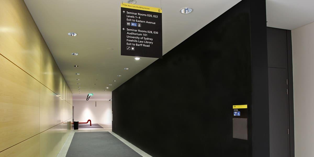 Uni-Signage-4_web