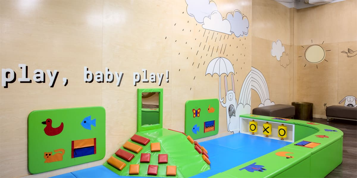 0K4A2059-HDR_BabyPlay